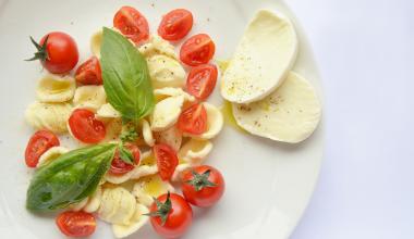 Orecchiette Pomodori Mozzarella e Basilico Stroppa Bio
